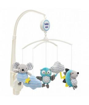 Каруселька BabyMix 3 друга с плюшевыми игрушками
